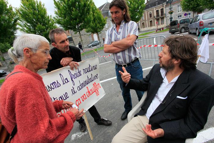 Grève de la faim contre la disparition de l'éducation : Jour 13